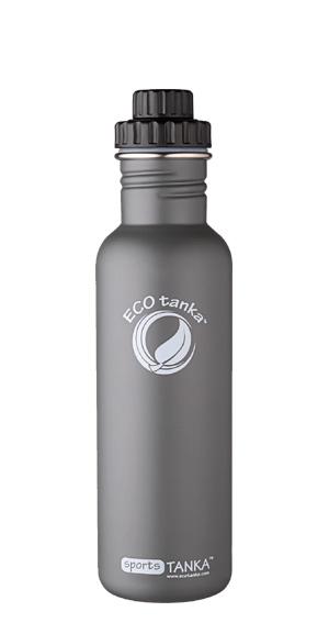 Produktbild der 800ml einwandigen Trinkflasche aus Edelstahl in Anthrazit/Oliv von ECOtanka mit 2 teiligem Reduzier-Verschluss aus PP5 mit einer 2cm Trinköffnung. Der ideale Begleiter für sportlich Aktive. Für kohlensäurehaltige Getränke, Fahrrad- und Rucksackgetränkehalterungen geeignet.