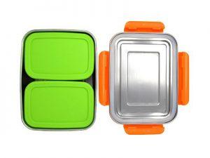 Produktbild der 2000ml Brotdose aus Edelstahl in Edelstahl-Optik von ECOtanka, mit Verschlussrahmen aus PP5 in Orange, pocketBOX 0,65l mit Deckel in grün aus lebensmittelechtem Silikon, die perfekten Begleiter um deine Mahlzeiten und Snacks sicher zu transportieren